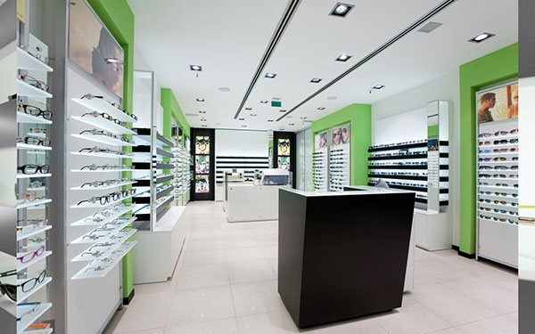 What To Expect When You Walk Into An Optical Store